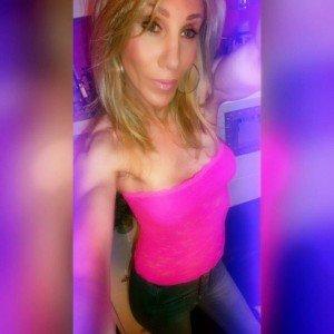Joanna transexuelle dans adulte 12938241_10209440573395105_3341039044444088157_n-300x300